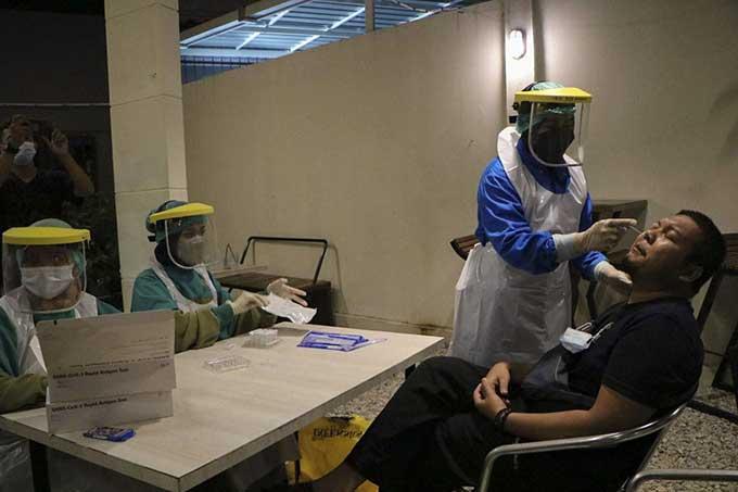 Kapten Terpapar Virus B.117, ABK Diisolasi di Atas Kapal
