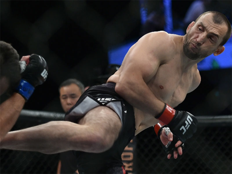 "Muslim ""King of Kung Fu"" Salikhov Buru Juara Dunia Welter UFC"