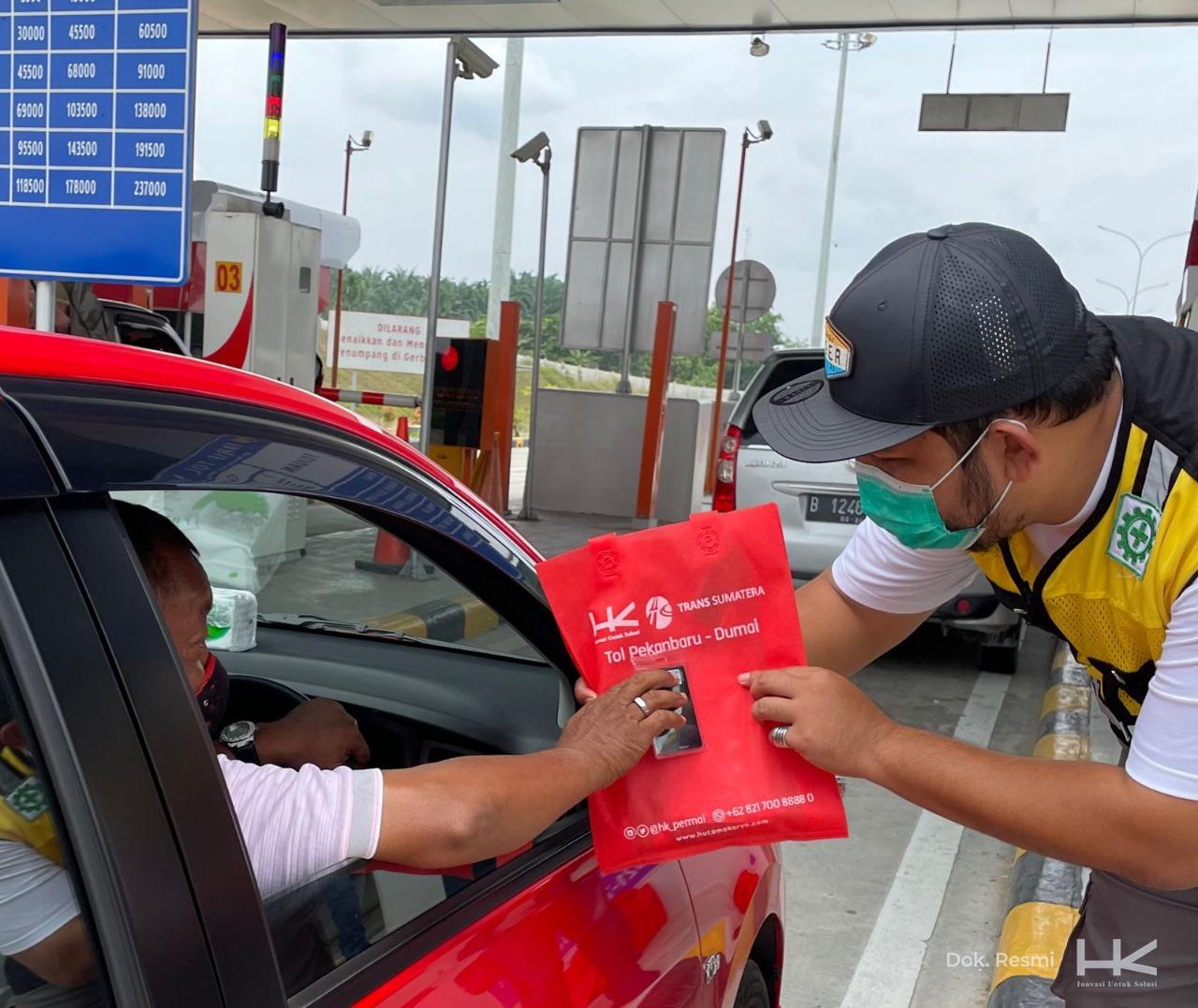 Hari Ini HK Bagi-Bagi Kartu Uang Elektronik di Seluruh Ruas Jalan Tol