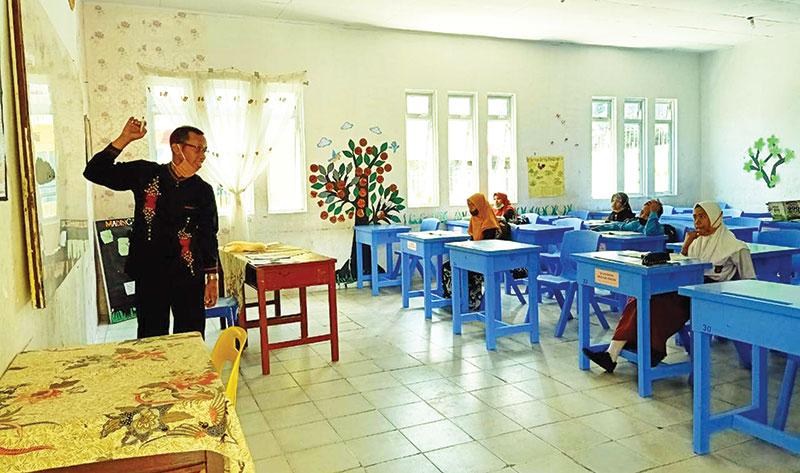SMP di Meranti Mulai Belajar Tatap Muka