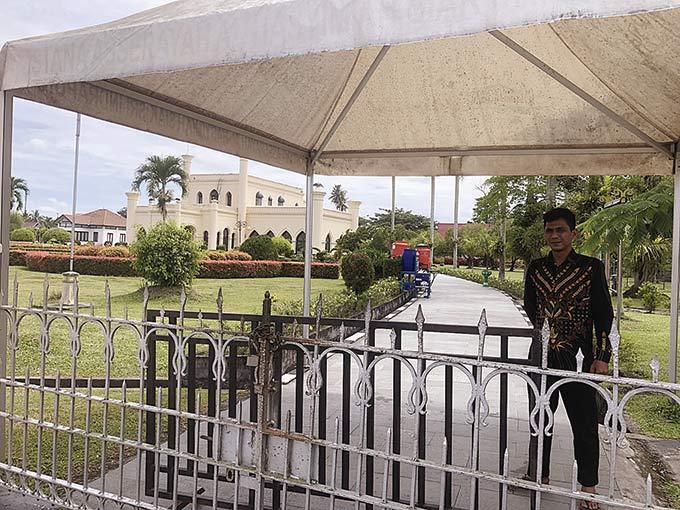 Istana dan Tempat Wisata Belum Dibuka