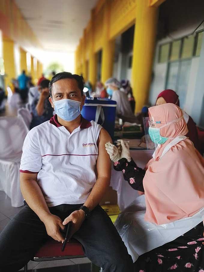Vaksin Solusi Tekan Laju Pandemi Covid-19