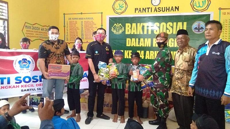 Batalyon Arhanud 13/PBY dan PSMTI Riau Baksos ke Panti Asuhan