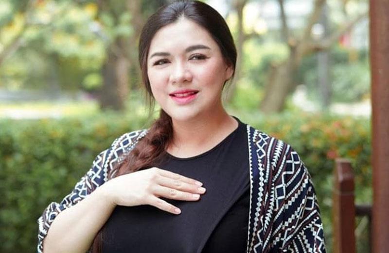 Vicky Shu Bentuk Tubuh yang Belum Ideal