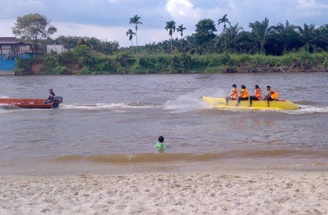 mudik ke sumbar lewat jalur sungai desa tanjung 3 warga duri hilang