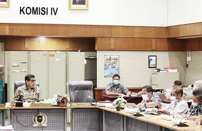 Komisi IV DPRD Riau Rapat Evaluasi dengan Dua OPD