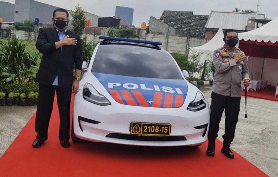 IMI dan Kakorlantas Polri Jalin MoU Pelatihan Safety Driving
