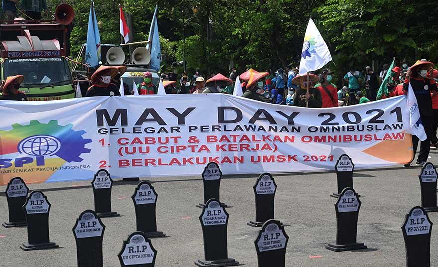 Tolak Omnibus Law, Buruh Gantungkan Harapan ke MK