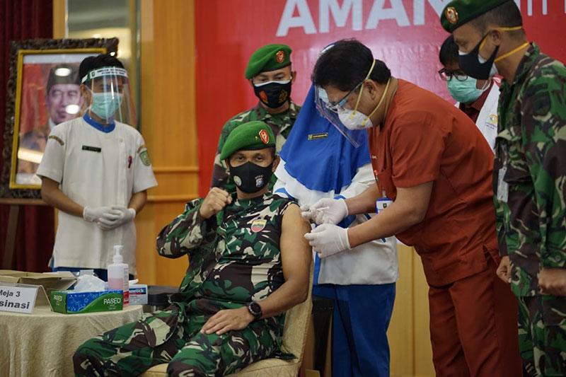 Vaksinasi Dosis Kedua Mulai Dilakukan di Riau
