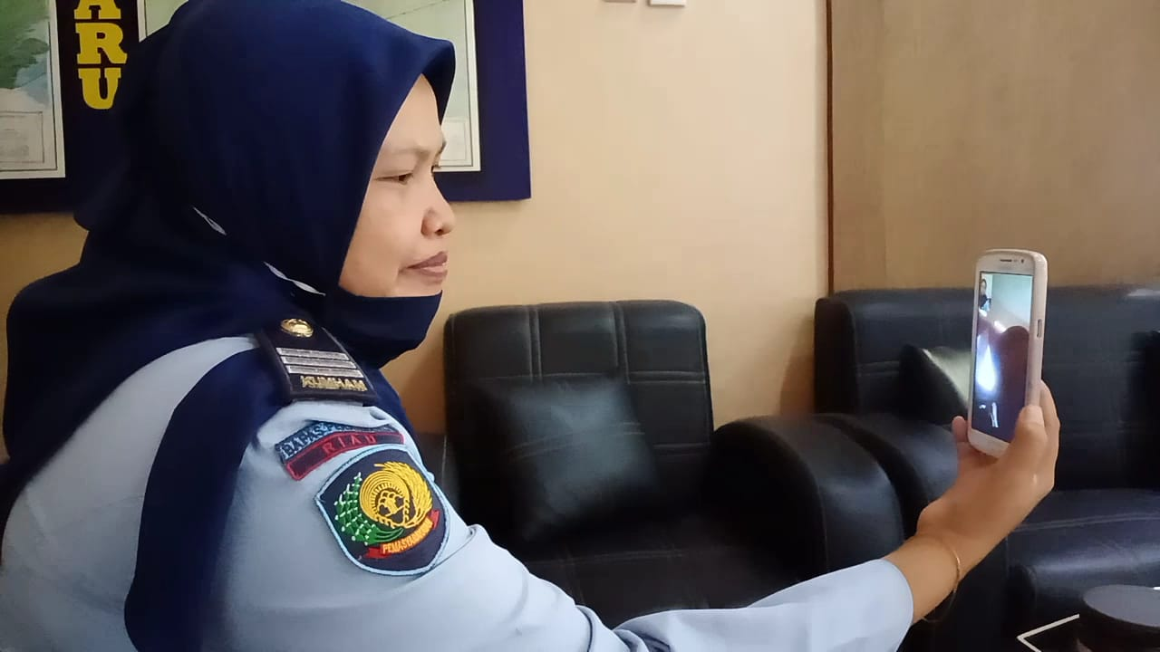 Monitoring Napi Asimilasi dengan Video Call
