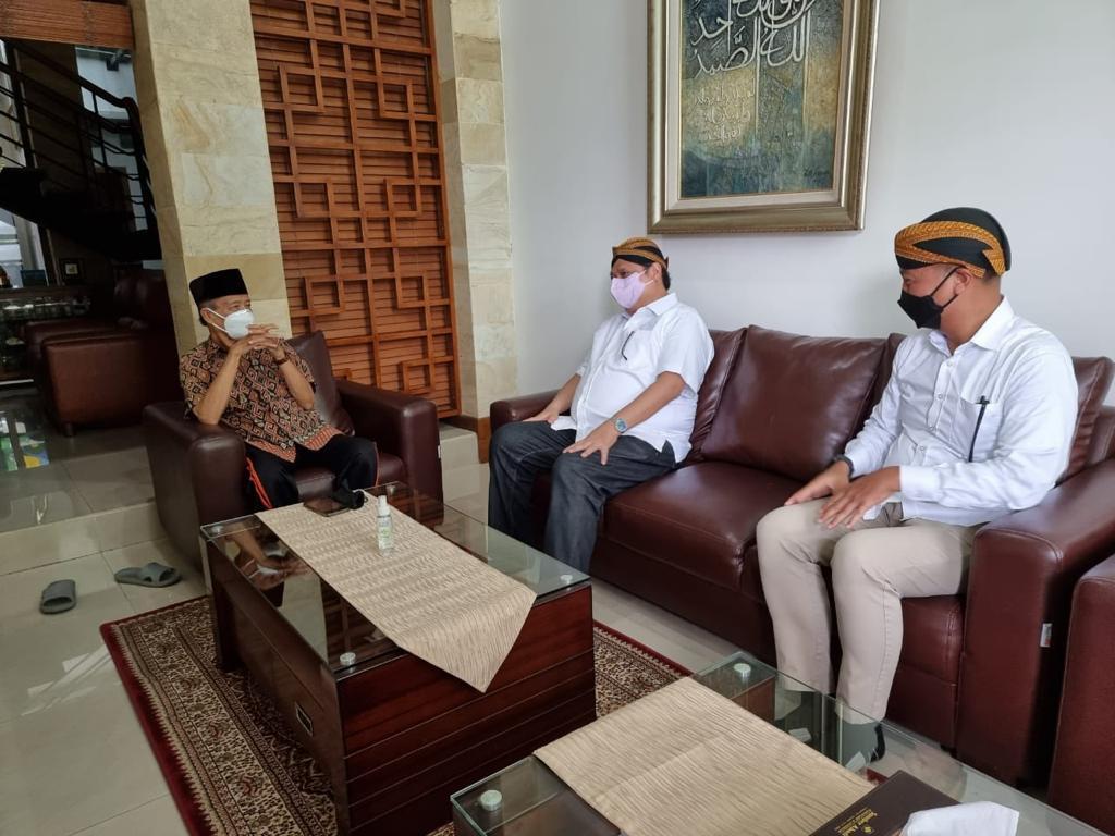 Sambangi Buya Syafii Maarif di Yogyakarta, Airlangga Bahas soal Ini