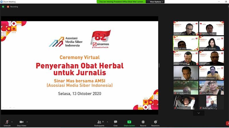Andalkan Media Siber sebagai Sumber Informasi, Sinar Mas Donasikan Obat Herbal bagi Jurnalis