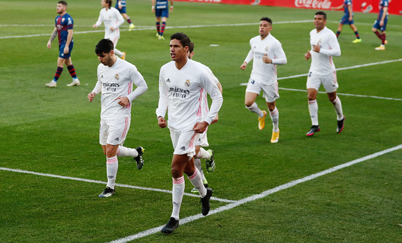 Varane Cedera,Zidane Berharap Tetap Bisa Main Lawan Chelsea