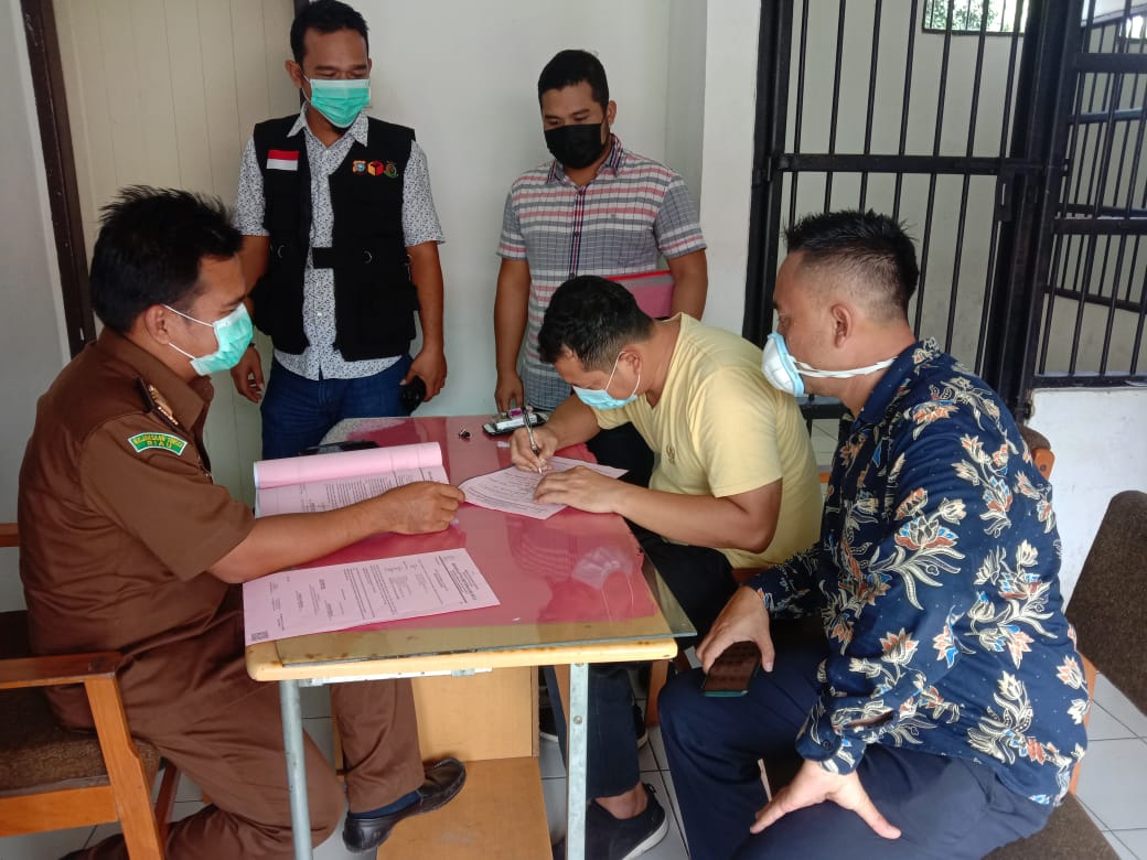 Ikut Deklarasi Paslon, Kades Talang Jerinjing Bakal Disidang