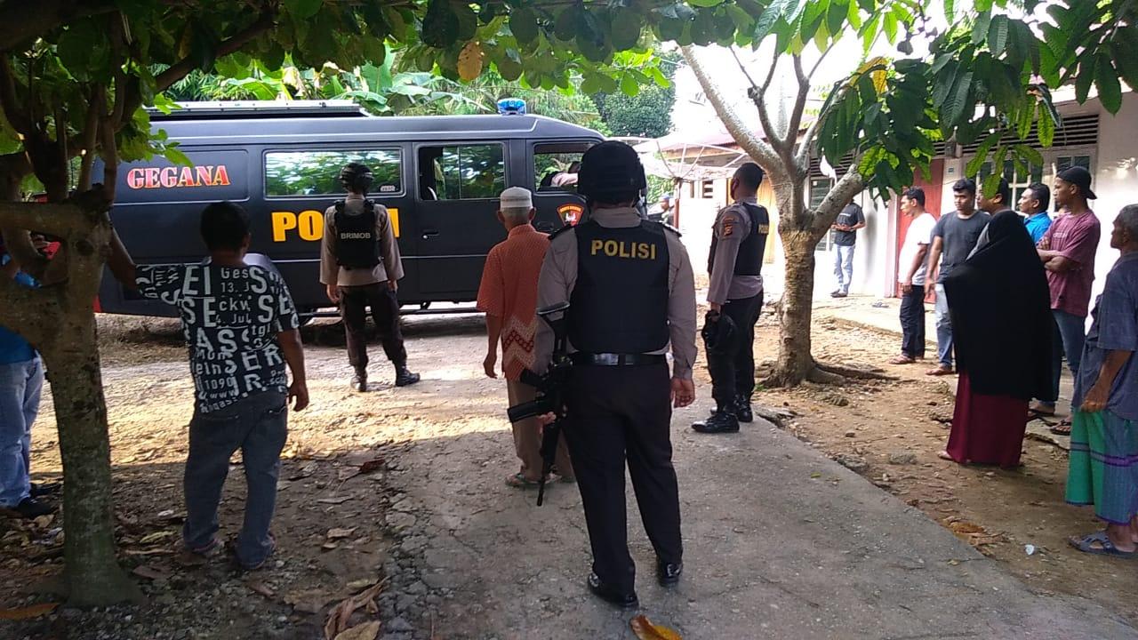 Tiga Terduga Teroris Diamankan di Air Tiris