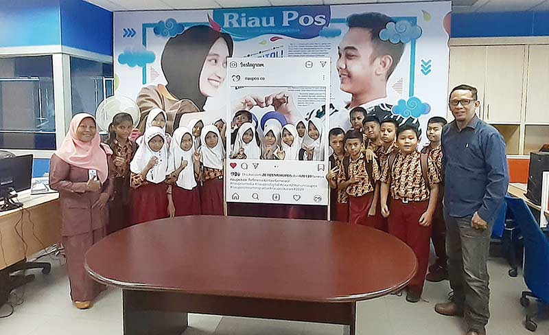 The Best Student Of The Year SMPIT Al Izhar School Pekanbaru