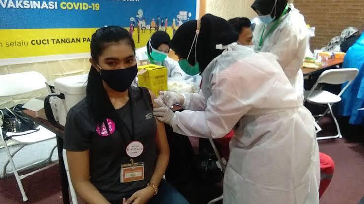 Kemenkes, IDI dan MUI Sepakat Vaksinasi Tetap Jalan di Bulan Puasa