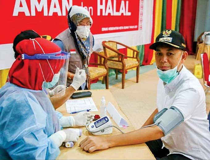Wali Kota Dumai Minta ASN Dukung Vaksinasi
