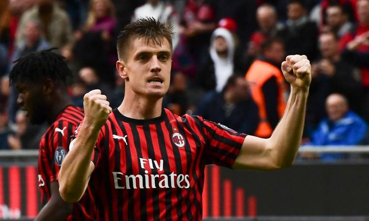 Piatek Buktikan Diri, Milan ke Perempatfinal