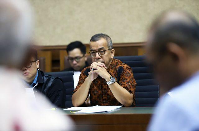 Divonis 8 Tahun Penjara, Eks Dirut Garuda dan Jaksa KPK sama Pikir-Pikir