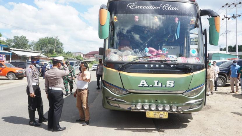Kelabui Petugas, Pemudik Rebahkan Kursi dan Sembunyi di Tolet Bus