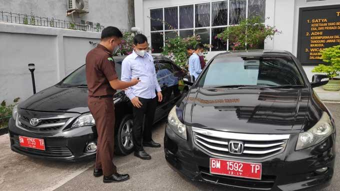 Jaksa Turun Tangan Tarik Dua Mobil Dinas dari Eks Pejabat