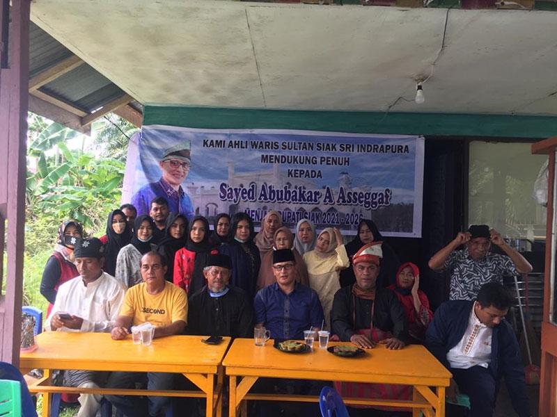 Ahli Waris Sultan Siak Deklarasi Dukung Pasangan Sayed dan Reni