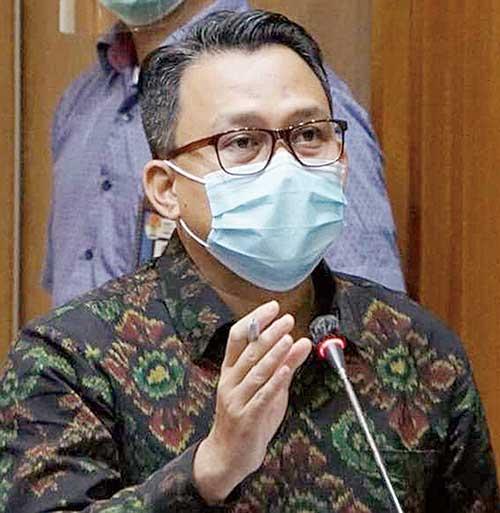 kpk jadwalkan periksa dua mantan ketua dprd riau