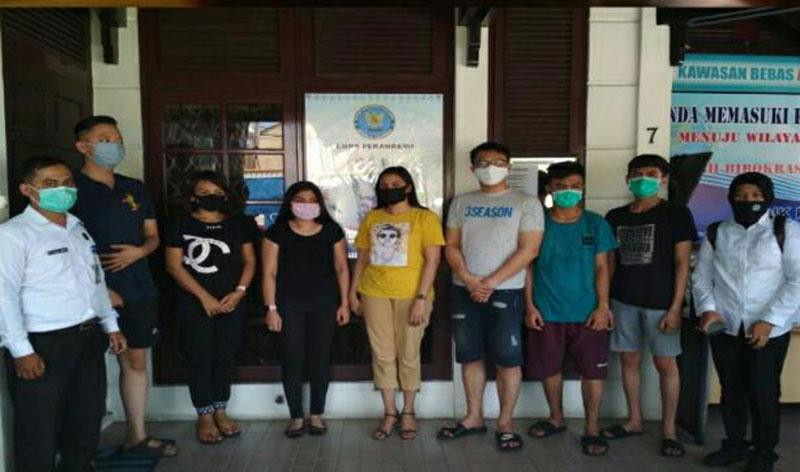 Tujuh dari 10 Orang Diserahkan ke BNNK