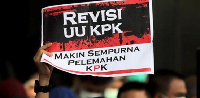 Uji Materi Undang-Undang KPK, Berharap Hakim MK Bisa Progresif