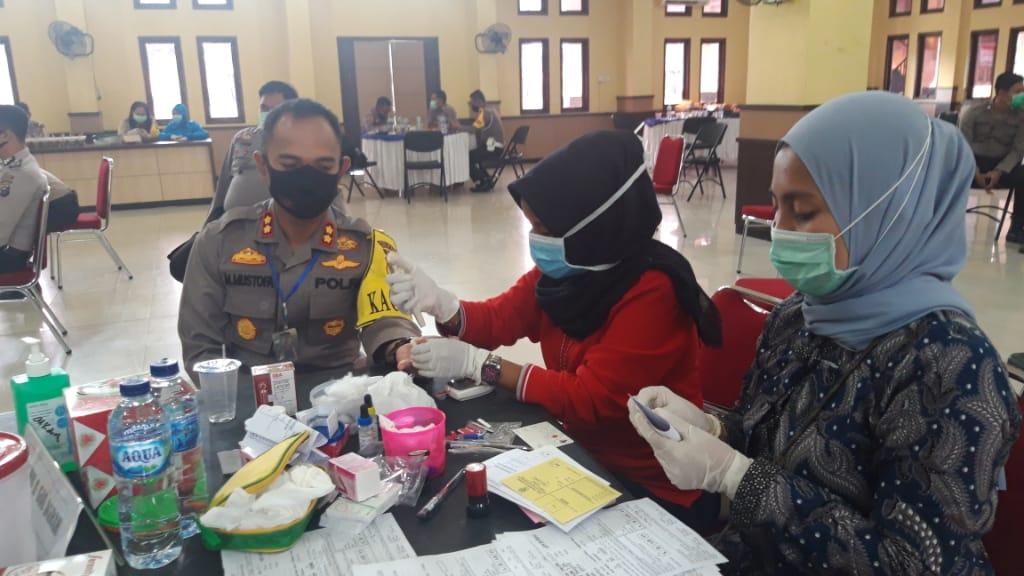 Polres Rohil Gelar Aksi Donor Darah, Libatkan Puluhan Personil