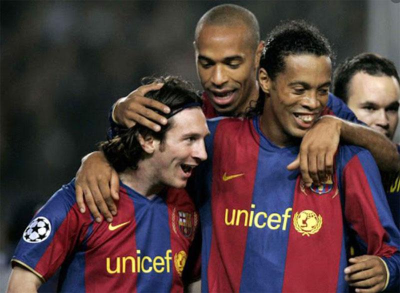 Messi Lebih Kagumi Thierry Henry Ketimbang Ronaldinho