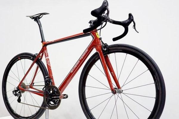 Sepeda Ferrari Ini Dibuat hanya 12 Unit, Harganya Bikin Kantong Bolong