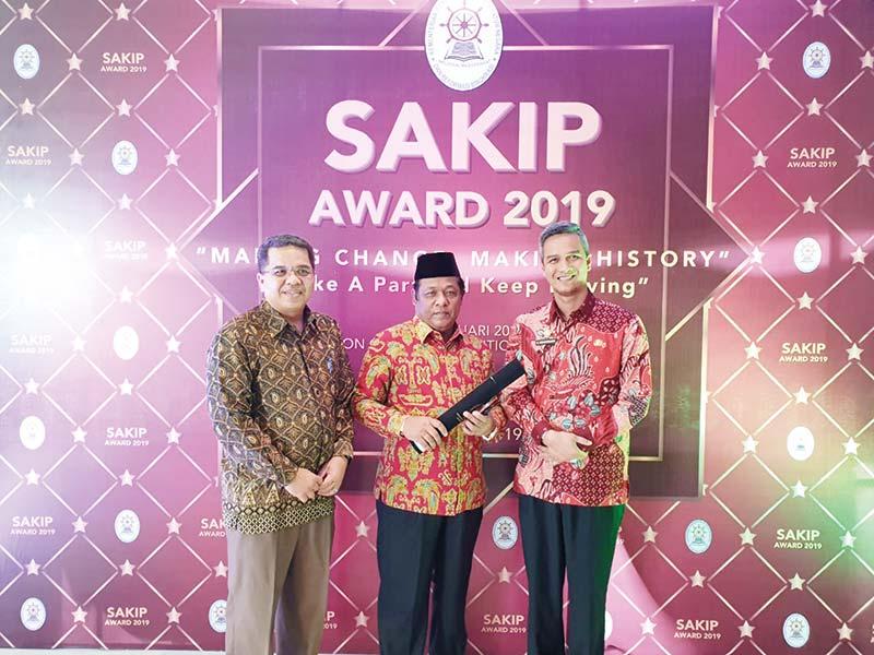 Pemkab Terima SAKIP Award