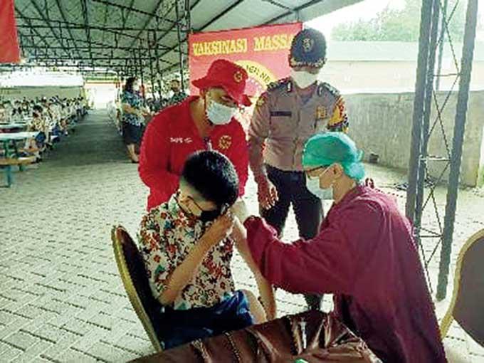 BIN Riau Gelar Vaksinasi Massal