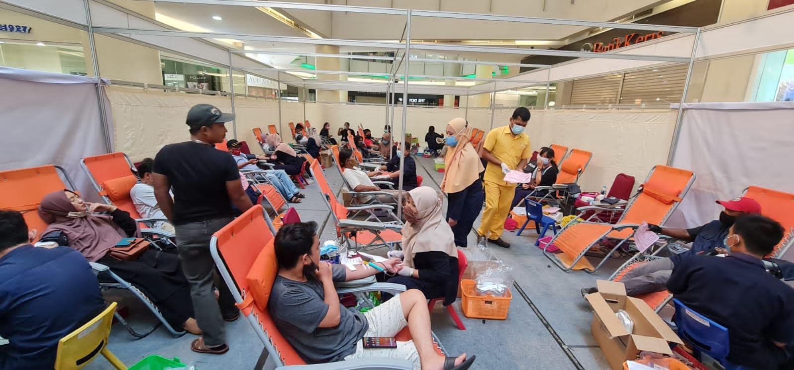 IKPTB dan Komunitas Jumat Berkah Berhasil Kumpulkan 1.437 Kantong Darah