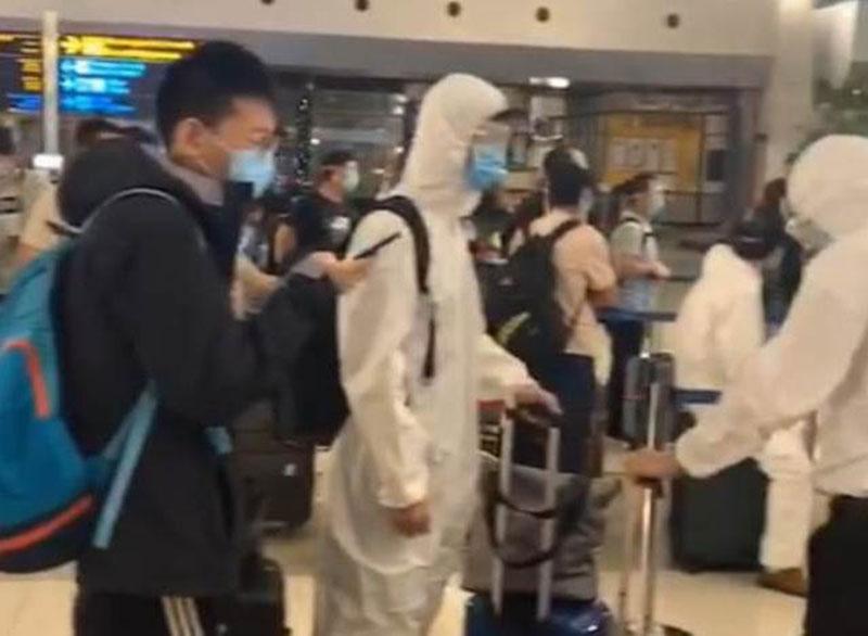 Tak Benar Ada Tim Medis Cina Datang ke Indonesia