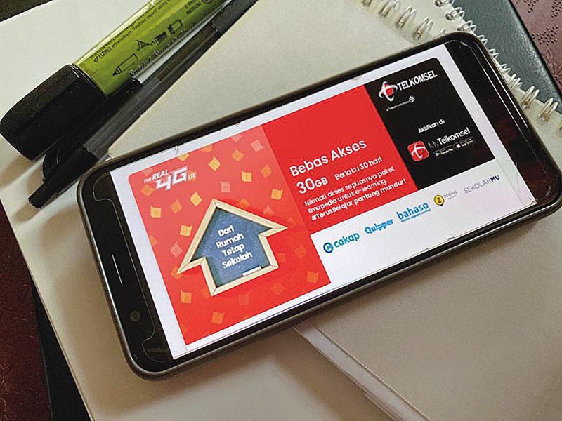 Telkomsel Kerja Sama dengan Enam Kampus di Sumatera Barat