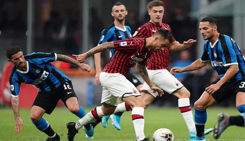Duo Milan Salurkan Sumbangan