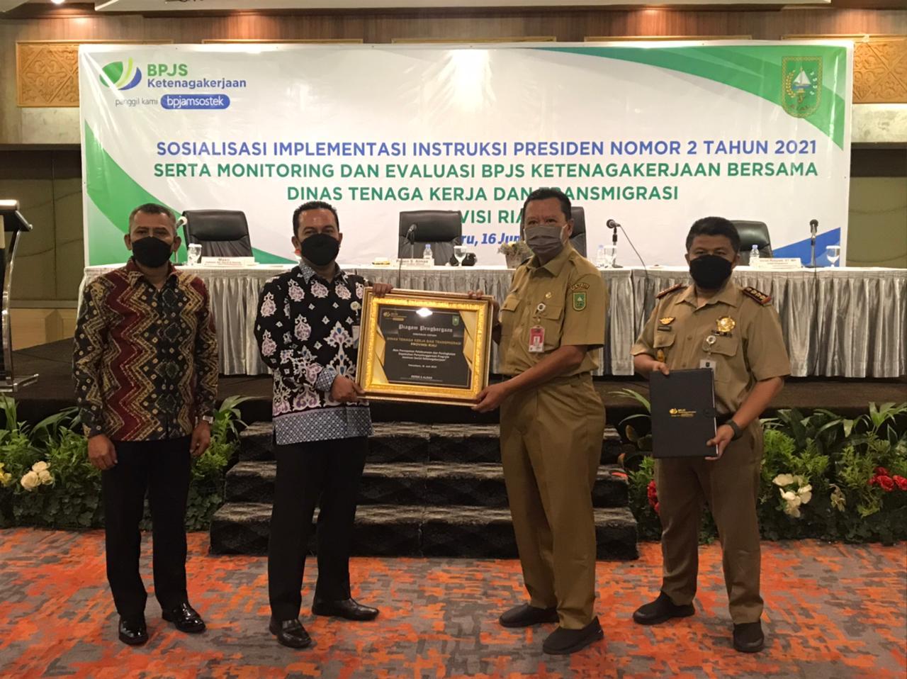 16.800 PTT Pemprov Riau Didaftarkan Sebagai Peserta BPJS Ketenagakerjaan