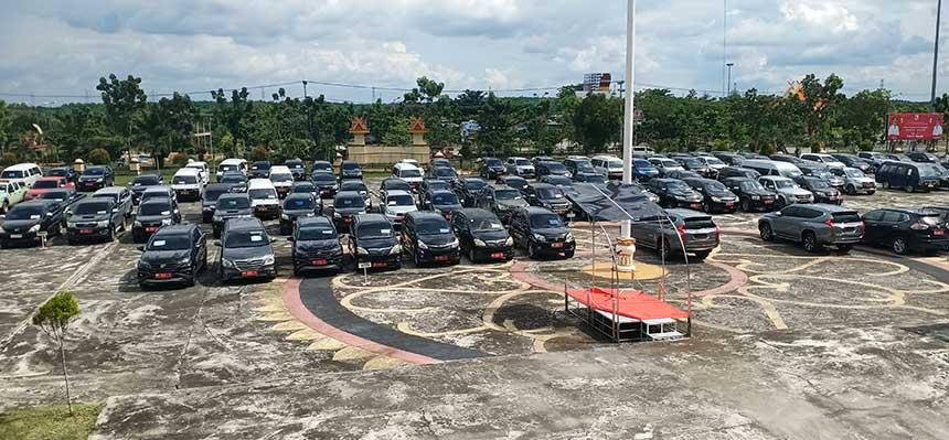 250 Mobil Dinas Dikandangkan