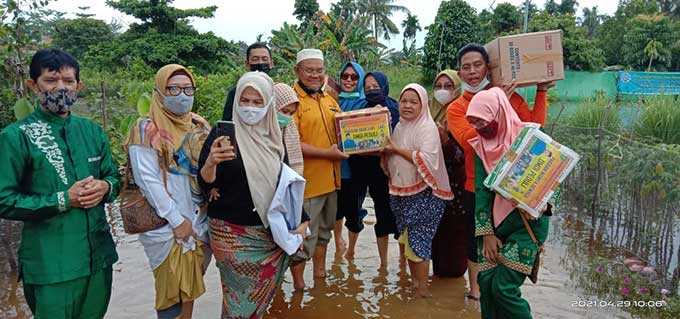 DMDI Riau Peduli Beri Bantuan ke Panti Asuhan Hikmah Rumbai