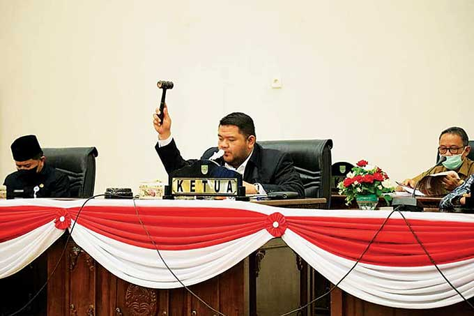 DPRD Usul Pengangkatan Paslon Terpilih ke Mendagri