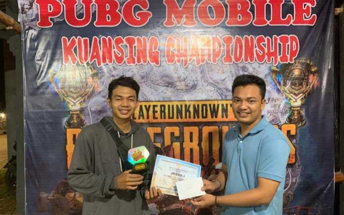 Abek Glorius Juara Turnamen Offline PUBG Mobile
