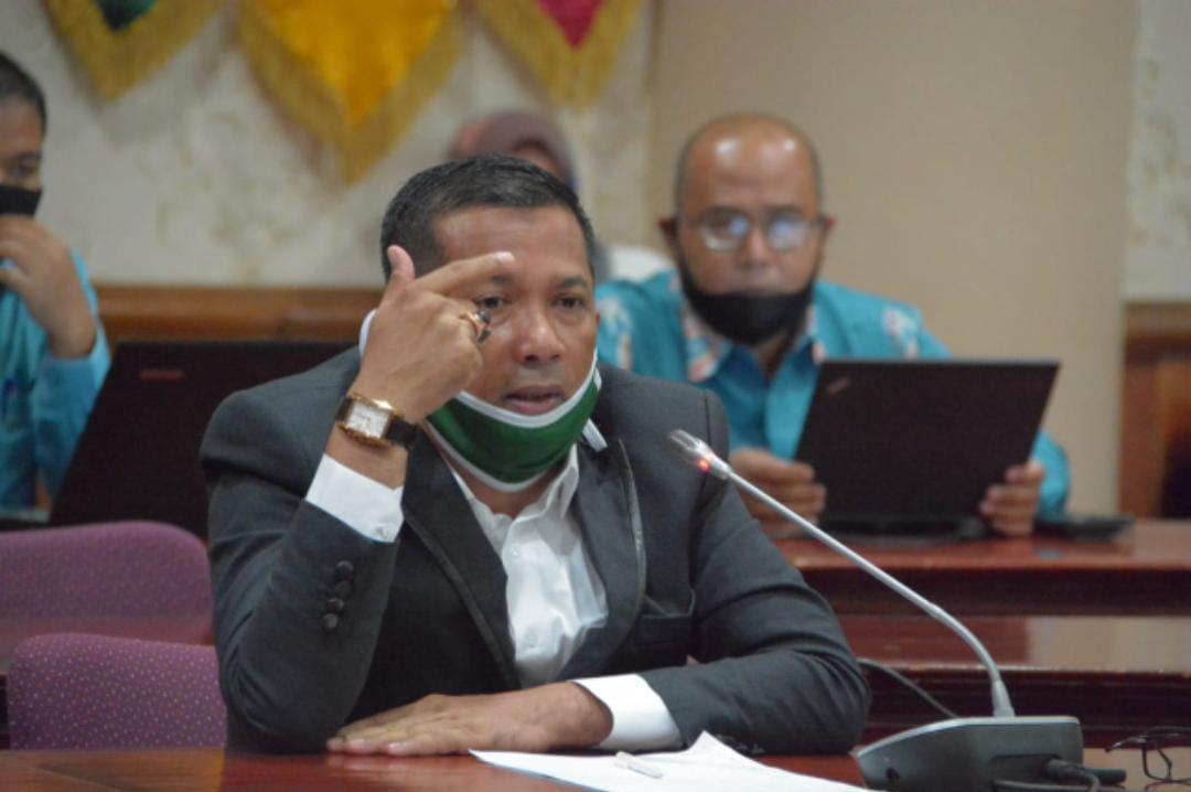 Angka Covid-19 Meroket, Pemprov Dinilai Lalai, M Adil: Kalau Gubernur Tak Mampu ya Ngomong