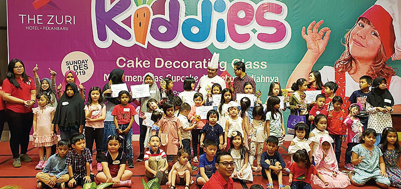 The Zuri Pekanbaru Sukses Gelar Kiddies Cake Decorating Class