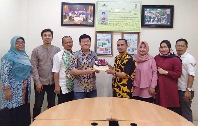 MTC Panam Terima Kejutan dari Riau Pos