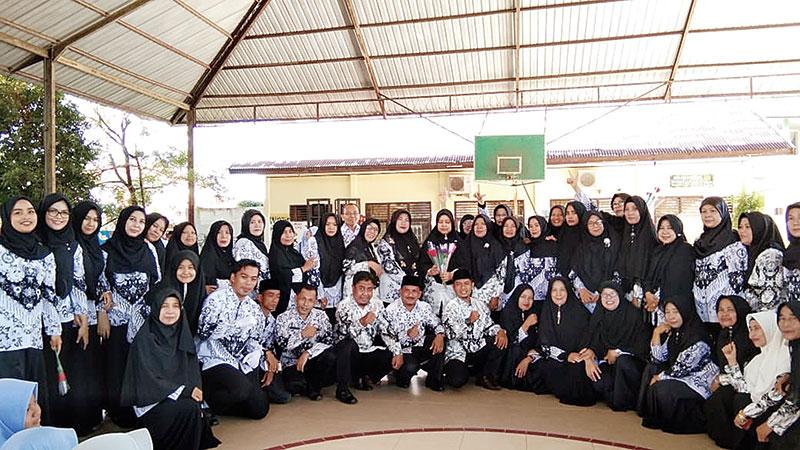 SMPN 1 Bangkinang Kota Peringati HUT Ke-74 HGN