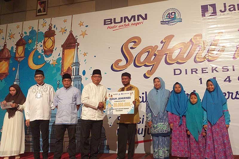 Safari Ramadan Perum Jamkrido Kunjungi Kota Pekanbaru