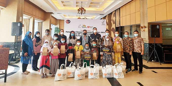 Grand Jatra Hotel dan MP Salurkan Donasi